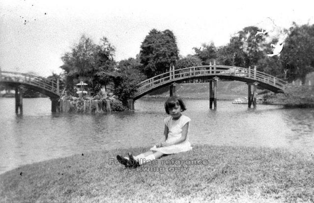 A girl sits on a site that picnickers used to frequent (Image courtesy of the National Archives of Singapore / Source: Madeline Ng)