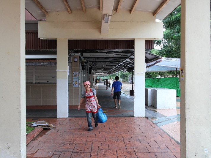 A hawker on her daily routine