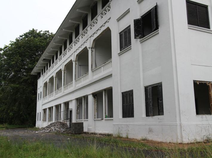 Hendon Road Colonial Buildings 1