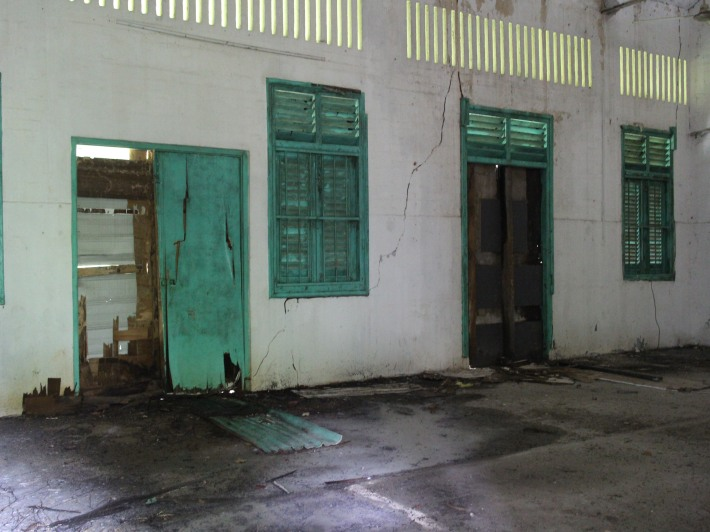 Inside Hendon Road Colonial Buildings 5