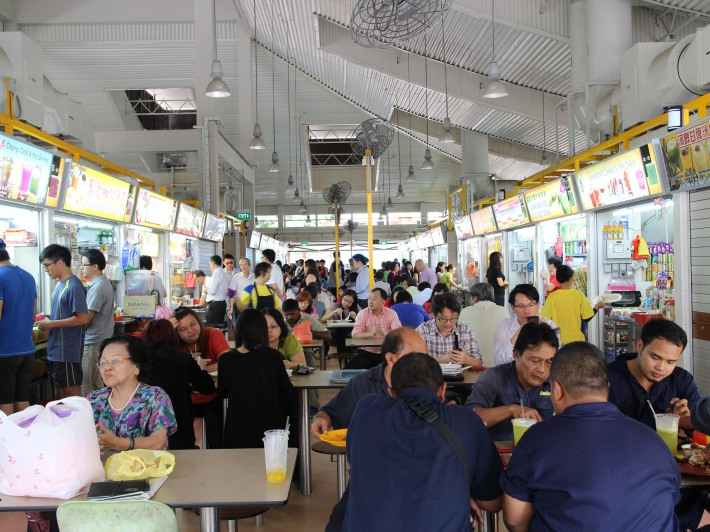 The hawker centre comes alive during lunch time