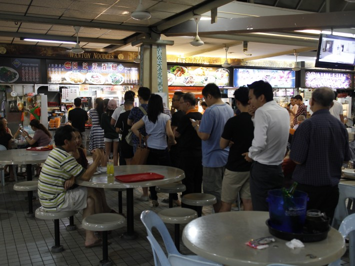 The queue for the famous Kok Kee Wanton Mee