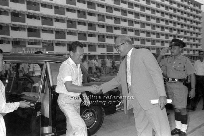 Former Prime Minister Lee Kuan Yew arrives at the foundation stone laying ceremony for the Everton Housing estate in 1964. Source: Ministry of Information and the Arts (MITA)