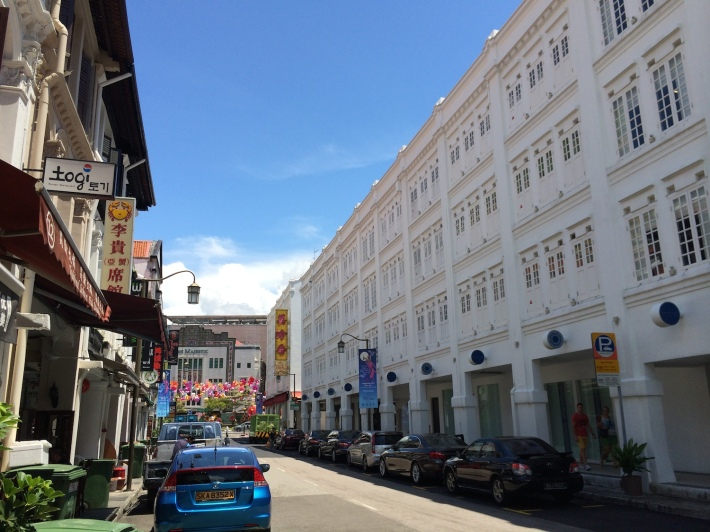 The four-storey Porcelain hotel on the right towers over the other shophouses, such size of shophouses are a relatively rare sight in Singapore!