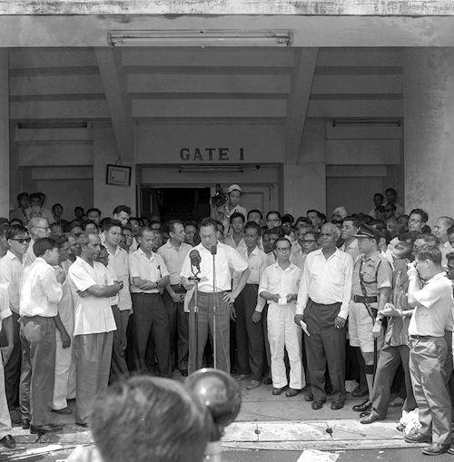 Former Prime Minister Lee Kuan Yew speaking at the Singapore Badminton Hall after the People's Action Party (PAP) decisive victory for white paper proposals of the Singapore-Malaya Referendum in 1962. Source: Singapore Press Holdings