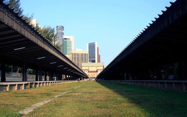 The former Tanjong Pagar Railway Station is now almost completely bare of railway tracks, most of which has since been returned to Malaysia.