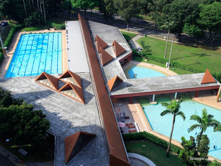 From on top, the tetrahedral shapes create a great contrast to the linear fields of the Ang Mo Kio Swimming Complex. It's design saw it being awarded the  Singapore Institute of Architects' Architectural Design Award in 1986.