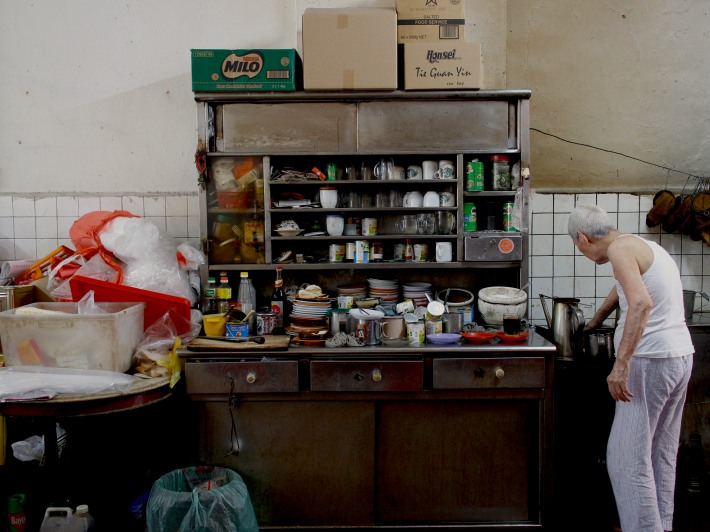 Traditional Hainanese Coffeeshops like Heap Seng Leong adopted their coffee brewing and toast making skills from their former colonial employers.