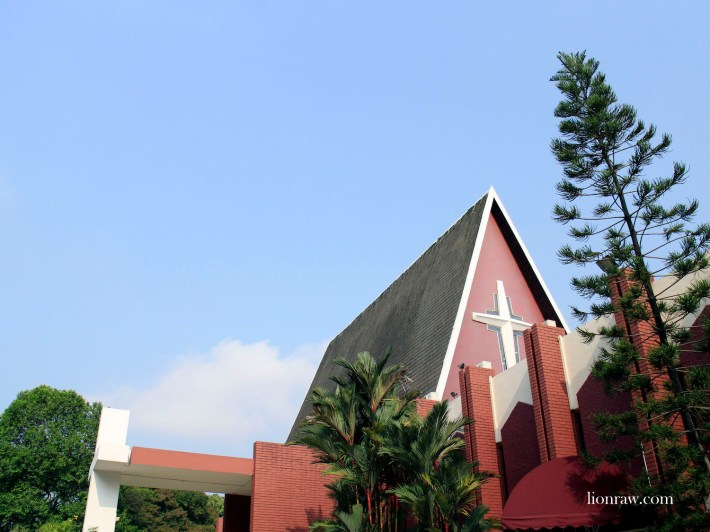 Built at a cost of $150,000, Queenstown Lutheran Church is the second Lutheran Church in Singapore and was opened back on 13 March 1966 as an extension of the Lutheran Church of Our Redeemer at Duke Road.