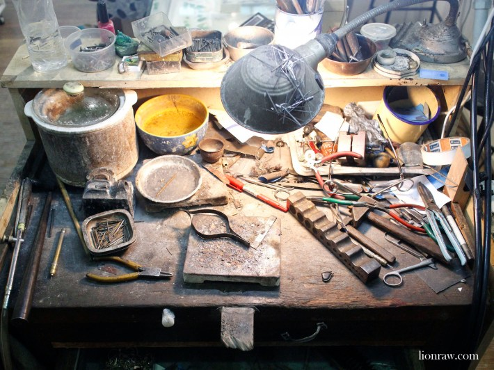 The workstation of a master ring maker