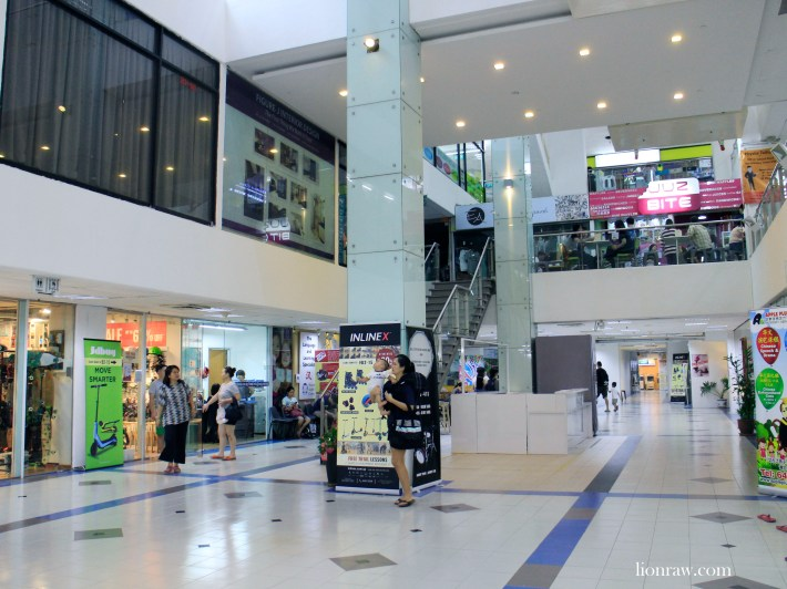 Korean establishments, old school eateries, enrichment centres and maid agencies take centrestage at Bukit Timah Shopping Centre.